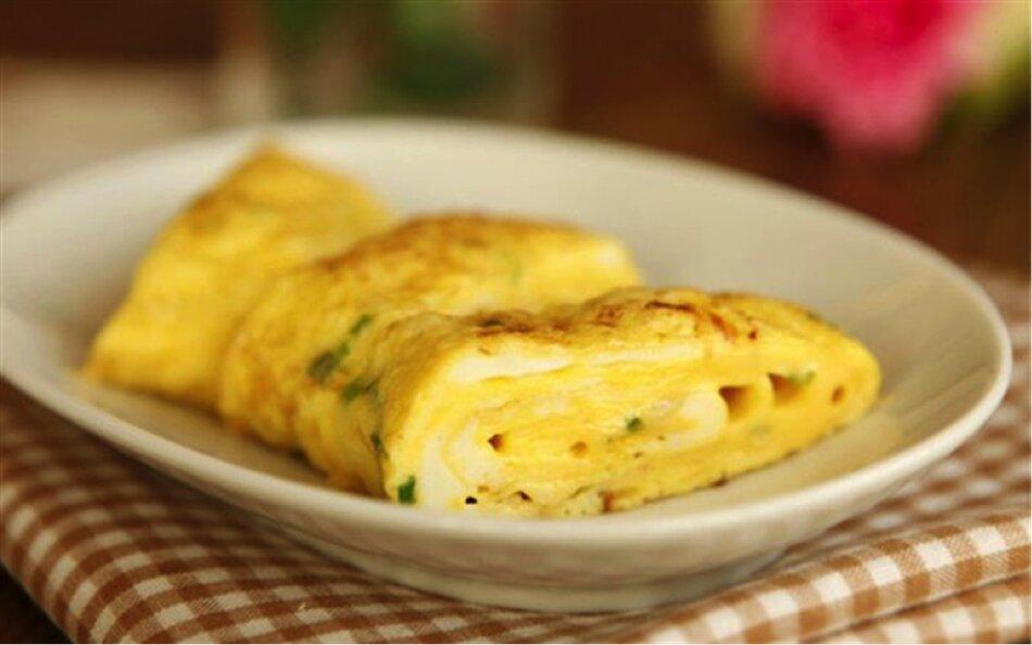 Trứng tráng – món ăn tốt cho sức khỏe người cao tuổi