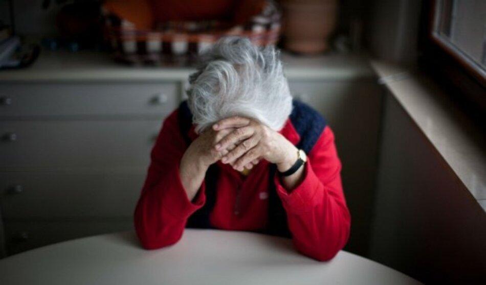 Suy yếu hệ miễn dịch ở người già