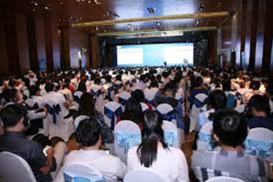 CEO Mundipharma - Ông Raman Singh phát biểu tại hội nghị
